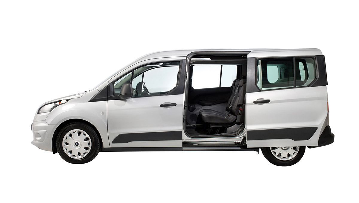 Ford Grand Tourneo Connect side view door open